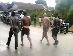 Photo: Army parade four notorious criminals terrorizing Bakassi Local Government Area